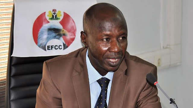 Photo of EFCC Detains 16 Local Government Chairmen for Fraud