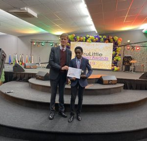 Photo of 12-Year-Old Nigerian Boy Bags Award in UK for new Discovery in Mathematics