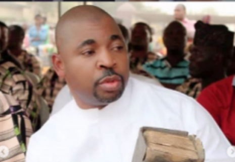 Photo of MC Oluomo Celebrates a Year of escaping Death by giving to Widows