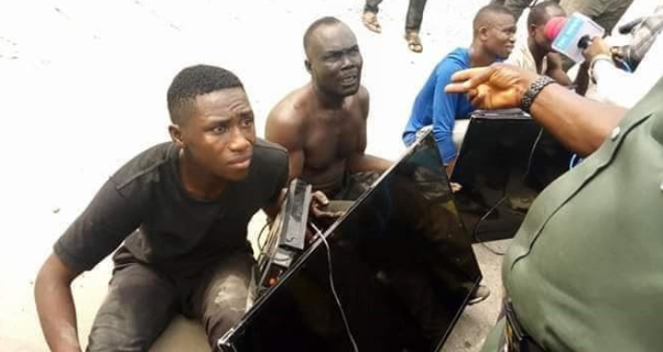 Photo of Thugs nabbed with Plasma TV sets stolen from the home of Seriake Dickson