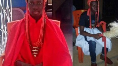 Photo of 15-year-old Senior Secondary School student appointed king in Ondo State after the death of his father