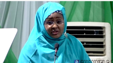 Photo of Coronavirus: Aisha Buhari shuts Office, keeps Daughter in self-isolation.
