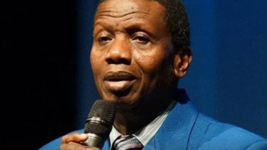 Photo of Pastor Adeboye donates 11 ICU Beds across the Country.