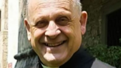 Photo of Italian priest dies of coronavirus after giving his respirator to younger patient he did not know