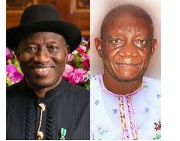Goodluck Jonathan publicly accepts apology of staunch Buhari supporter and Writer who wrote a damning article against him in 2014 3