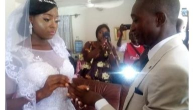 Photo of Coronavirus Lockdown: Taraba couple get married in their living room