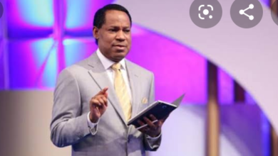 """Photo of Covid-19: """"You were not thinking about the Father's house"""" – Pastor Chris calls out Pastors who supported closure of churches"""