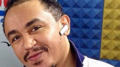 "Photo of ""Just when we thought we were broke, we got an alert from Abacha"" – Daddy Freeze"
