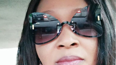 "Photo of ""We ain't opening no damn Church"" – Kemi Olunloyo replies Oyedepo"