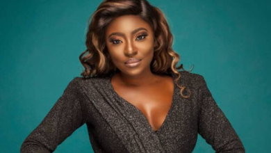 "Photo of ""Never love anyone who treats you like you are ordinary – Yvonne Jegede"