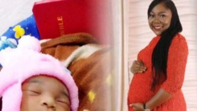 Photo of This Nigerian lady is claiming she gave birth after 28 months of pregnancy!