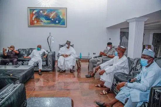 Senate president Lawan,  others visit Orji Kalu after release from Prison (Photos) 7