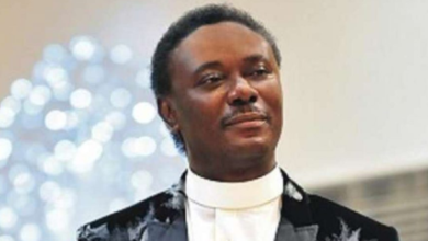 Photo of Pastor Chris Okotie speaks against social distancing in churches