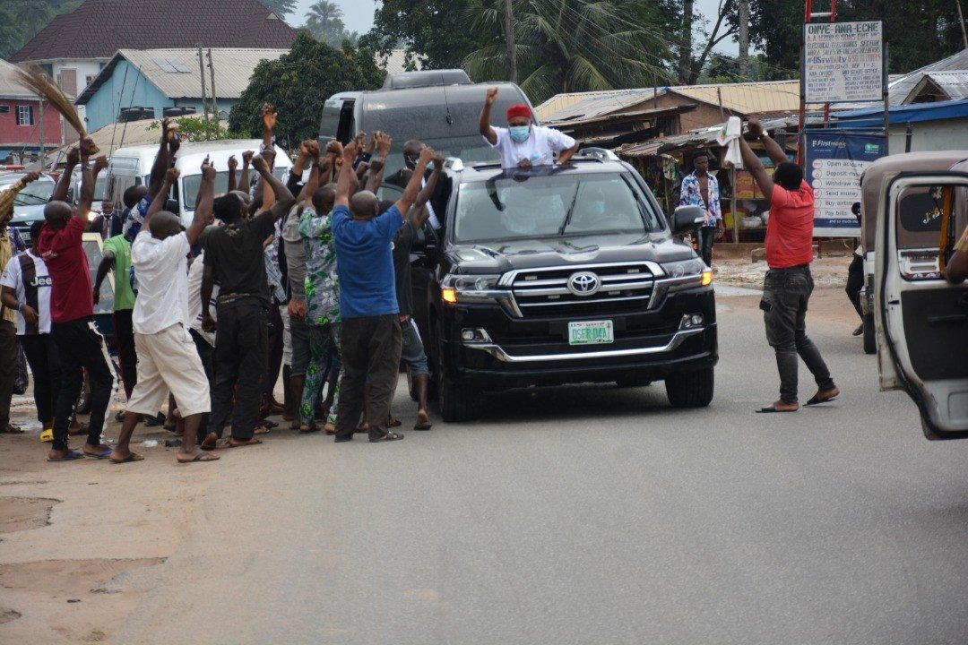 Orji Uzor Kalu receives rousing welcome in Abia State as he returns Home months after release from Prison 9