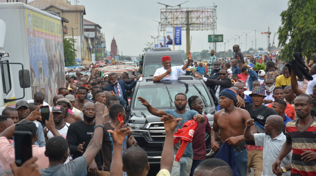 Orji Uzor Kalu receives rousing welcome in Abia State as he returns Home months after release from Prison 7