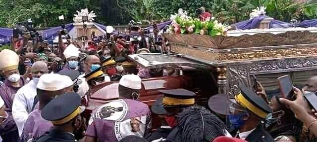 CEO Tonimas Oil and Gas, Chief Anthony Enukeme laid to rest in home town (Photos) 10