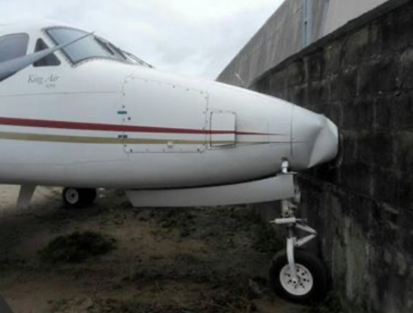 Jet crashes into fence at Lagos airport due to brake failure (Photo) 4