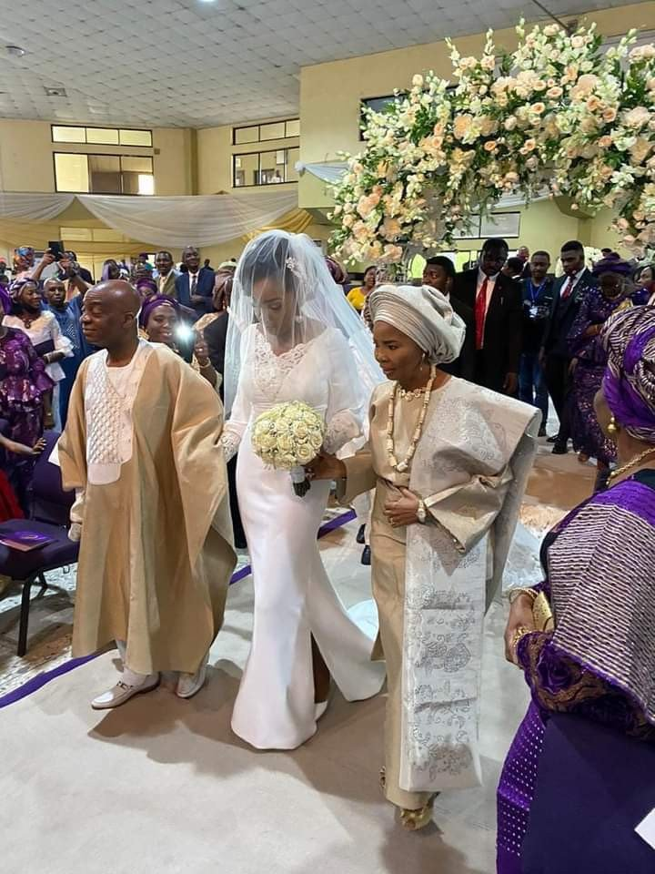 Bishop Oyedepo's daughter gets married (Photos) 10
