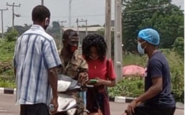 Recovered Covid-19 Patient in Oyo state ignores Father, follows Soldier she met at isolation center 1