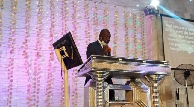 Ize-Iyamu seen ministering at RCCG on Sunday (Photos) 5