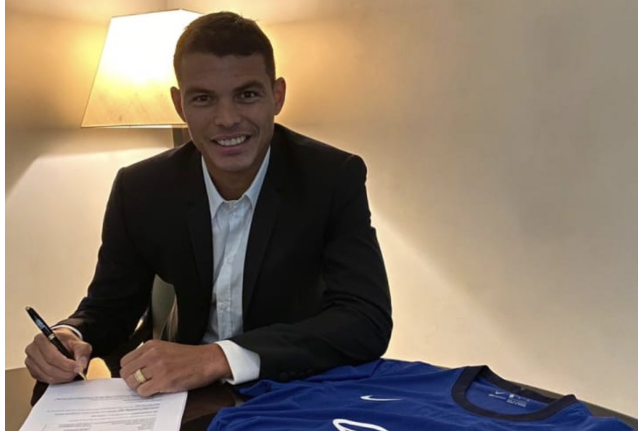 Chelsea confirms signing of Thiago Silva from PSG 1