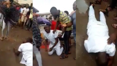 Photo of Nigerian Man weeps and rolls on mud after his girlfriend rejected his proposal in Owerri (Video)