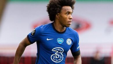 Photo of Chelsea star, Willian 'agrees to a three-year deal with Arsenal for £100,000 per week'