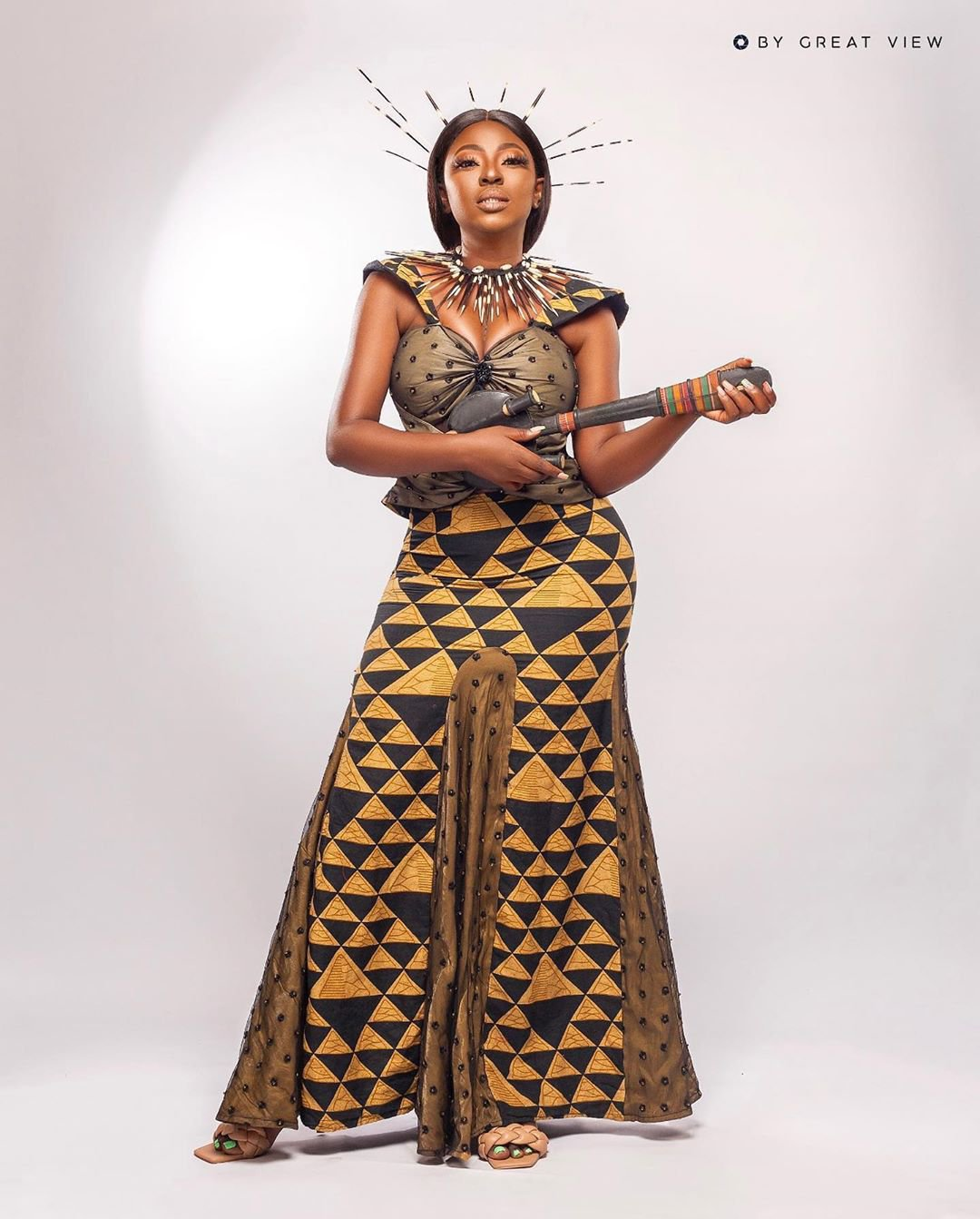 Yvonne Jegede recreates look in Tuface Idibia's African Queen as she celebrates 16 years in entertainment industry (photos) 12