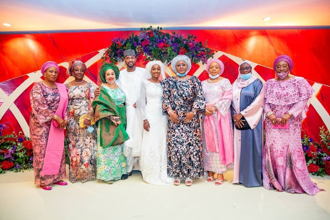 Photos from Hanan Buhari and Turad Sha'aban's wedding 28