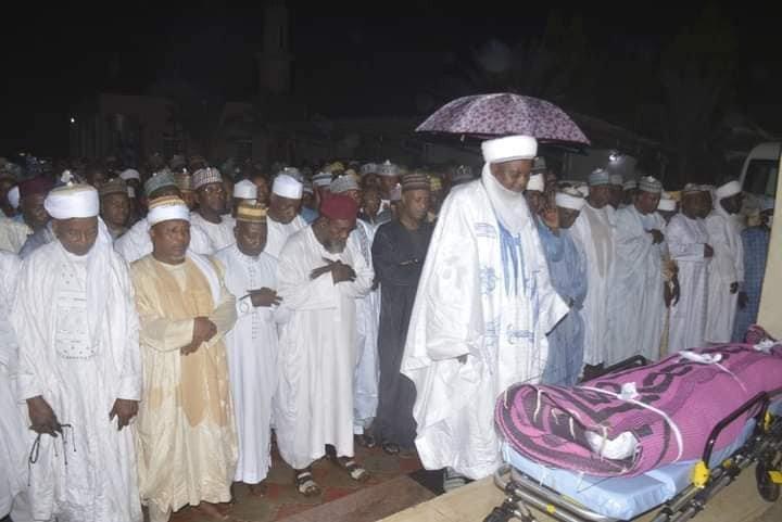 Daughter of former Sokoto State Governor, Aliyu Wamako dies during childbirth (Photos) 6
