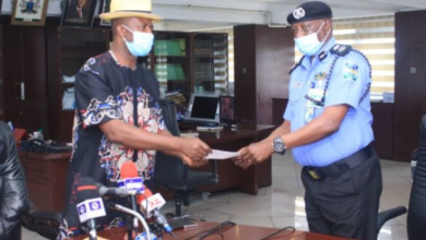 Photo of Wike fulfills promise, gives Police N30M for apprehending Bobosky