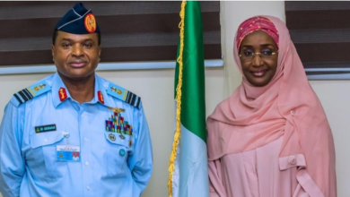 Photo of Humanitarian Affairs Minister, Sadiya Farouq reportedly weds Chief Of Air Staff, Sadique Abubakar