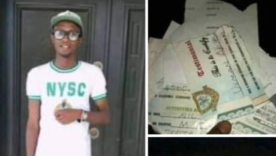 Photo of Katsina graduate sets his certificates ablaze over inability to secure a job (photos)