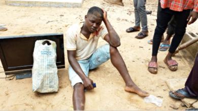 Photo of Suspected thief beaten to a pulp for allegedly stealing plasma TV in Abuja