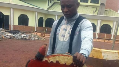 Photo of Man 'arrests' Nsukka deity, claims it has been tormenting the community (Photo)