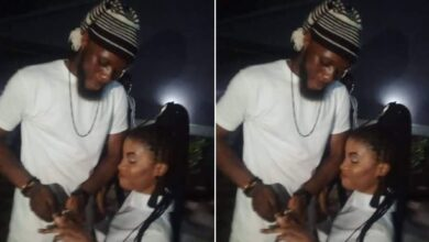 Photo of Nigerian lady kneels down to accept her Boyfriend's marriage proposal