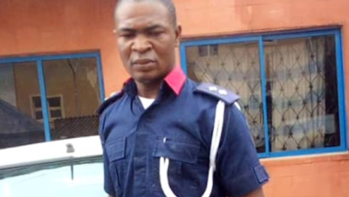 Photo of Woman loses 3-month-old Pregnancy after allegedly being assaulted by NSCDC Officials in Ibadan