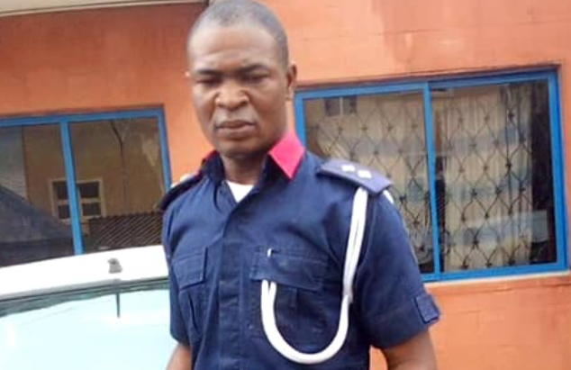 Woman loses 3-month-old Pregnancy after allegedly being assaulted by NSCDC Officials in Ibadan 1