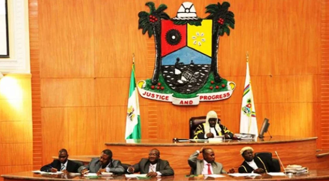 Lagos Assembly joins #EndSARS protest 1