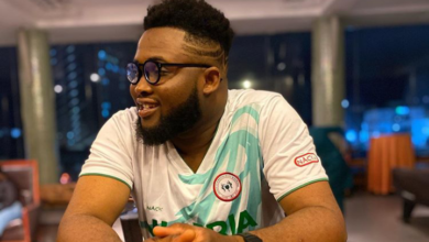 Photo of Nigerian Rapper, Chinko Ekun recounts how SARS arrested him and his friend for having an iPhone and being in a nice Car