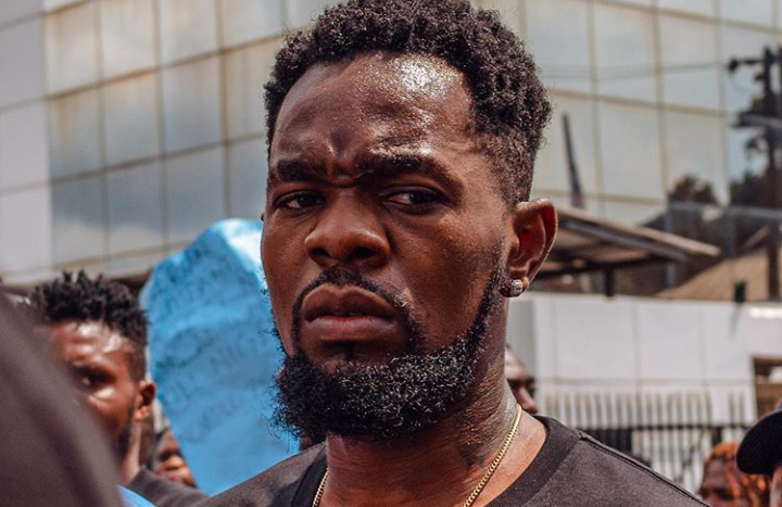 If your father, mother is a politician or government official don't come online to post, go talk to them – Patoranking 1