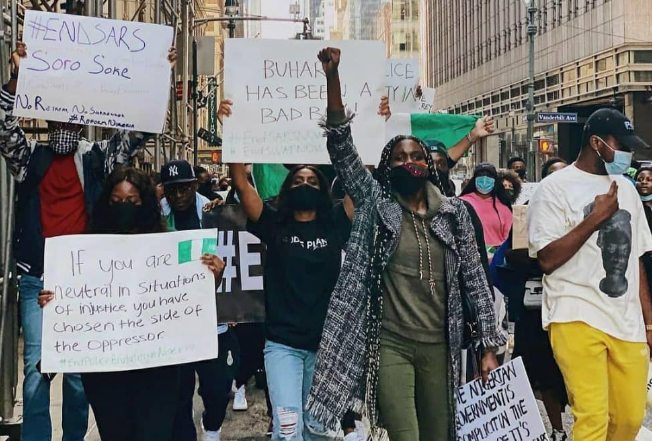 Nigerians in New York stage EndSARS protest (Photos) 9