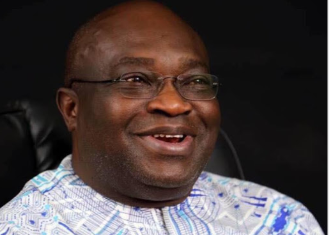 Ikpeazu gives automatic employment to two NYSC members 1