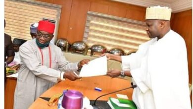Photo of Gombe State Governor swears in an Igbo man as Special Adviser