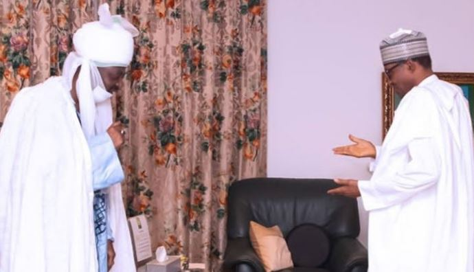 Outrage as aide shares photo of President Buhari receiving Emir of Kano while End SARS protesters were getting shot at in Lagos 1