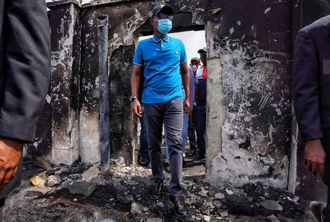 Gov Sanwo-Olu visits places destroyed during the chaos in Lagos (photos) 1