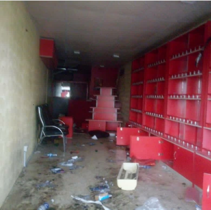 """""""They took all my years of hardwork"""" – Uche Elendu laments looting of her store by Hoodlums (photos) 11"""