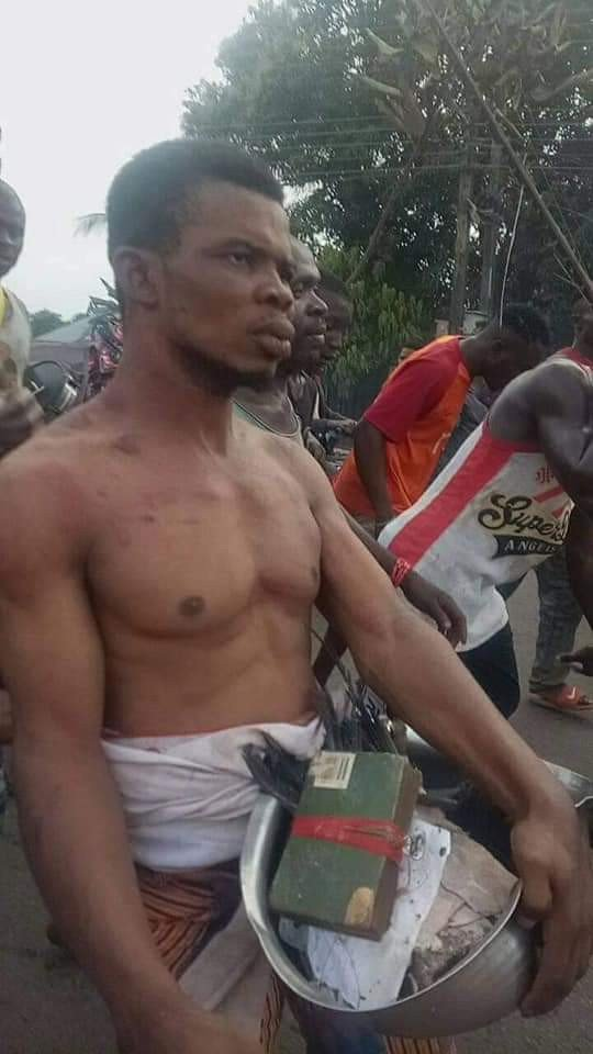 Pastor in Anambra State stripped and paraded after he was allegedly caught with charms (Photos) 13