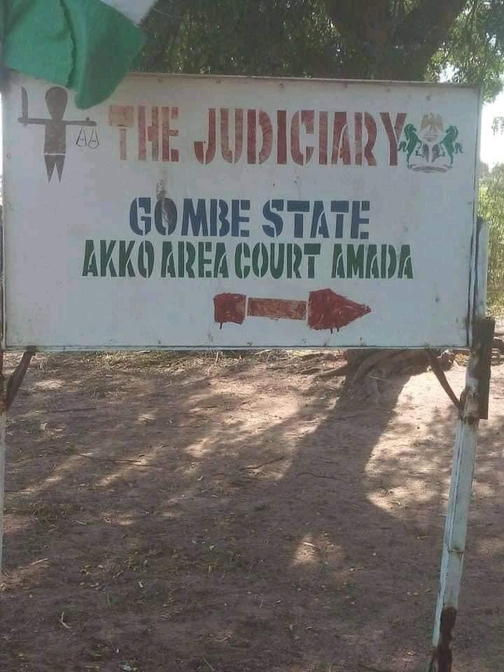 Photos of an alleged courtroom in Nigeria goes viral 10