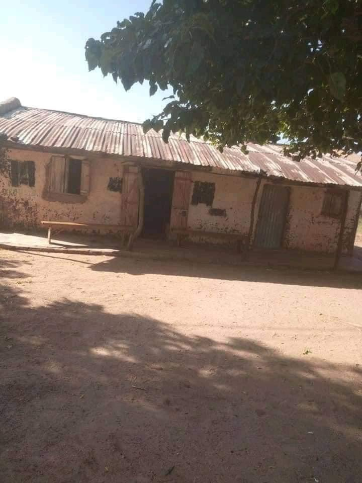 Photos of an alleged courtroom in Nigeria goes viral 12